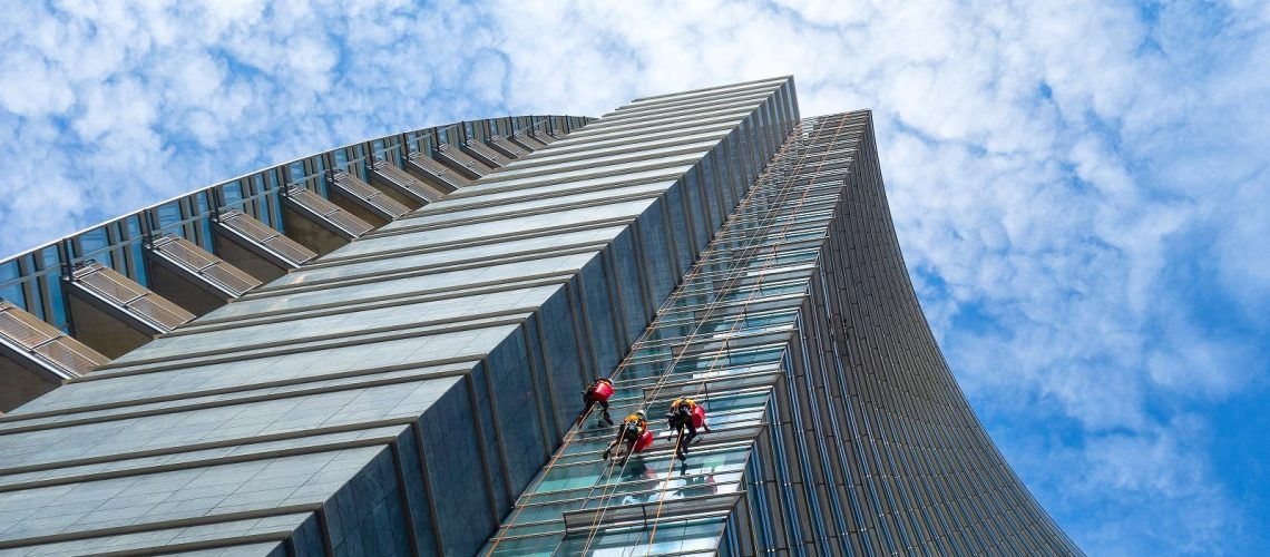 high-rise-windows-cleaning
